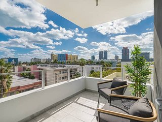 2 bedroom apt - Prime location in South Beach