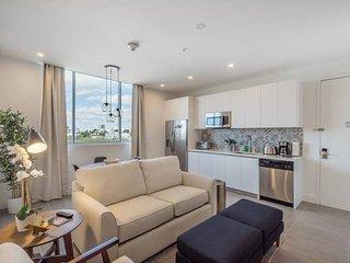 SoBe best 2 bedroom apartment