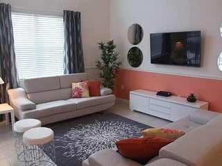 Beautiful 4 bedroom home accommodates 8 guests