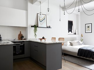 Contemporary Studio - minutes from Angel Tube St.