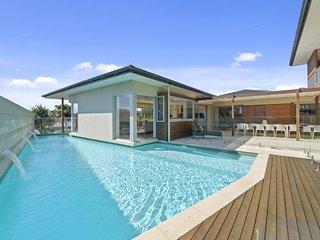 Shambhala  - Entertainers Home with Pool