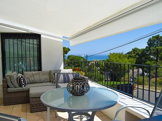 INDIVIDUAL HOUSE 500 MTS TO THE BEACH-PALS-CAPACITY 6 PEOPLE-POOL-WIFI-PARQUING