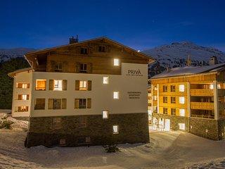 PRIVA Alpine Lodge DLX1