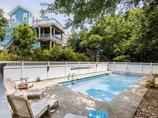 Bama Breeze | Sound Side | Private Pool, Hot Tub | Kitty Hawk