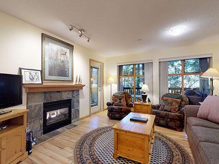 FREE ACTIVITIES - Steps From Whistler Village w/ Pool & Hot Tub by Harmony Whist