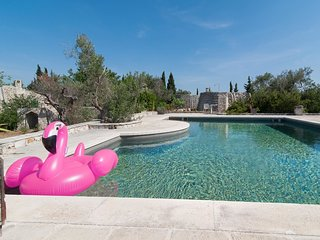 Ciampa Pool house