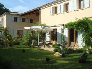 Villa Papillon- Peaceful Couples Retreat 1 Bed with Pool