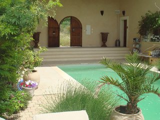 Villa Cigale- 1 Bedroom villa with Pool & Garden
