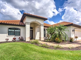 Alluring Waterfront Cape Coral Home w/Lanai & Dock