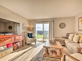 Sunny Family-Friendly Branson Home w/ Pool Access!