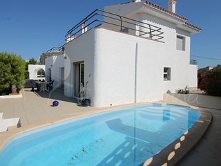 Casa Canal-14- Roses, amarre y piscina privados