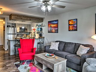 NEW! Condo w/ Pool - 2 Miles to Silver Dollar City