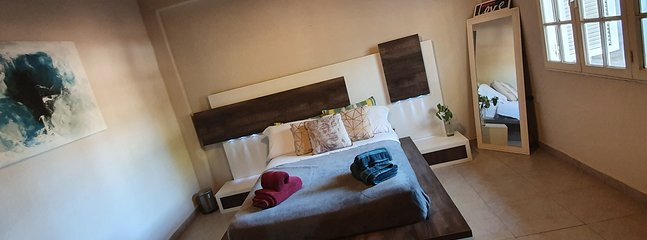 Departamento Amplio y Moderno. Nivel Gerencial, vacation rental in Neuquen