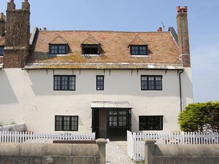 The Old Customs House - Mudeford Quay