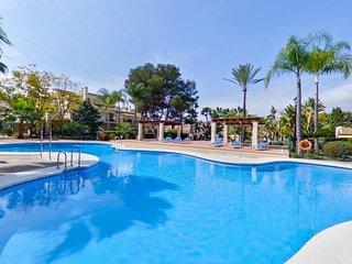 Puerto Banus luxury Townhouse with free WI FI