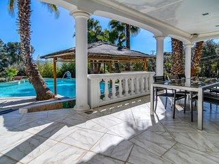 La Palmeraie 4* - Magnifique villa avec piscine entre mer et montagne