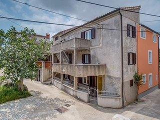 Stivan Apartment Sleeps 3 - 5409390