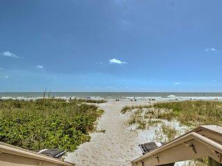 Cozy Cocoa Beach Condo w/Pool & Beach Access!