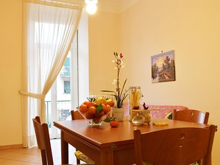 ILA2303 HOUSE CARLA