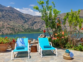 Idyllic landscape surrounded by natural beauty with panoramic view of the lake!