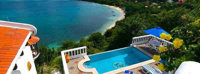 Las Tortugas Villa, holiday rental in Hillsborough