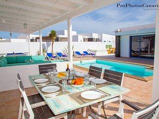 Villa Sandra Luxury villa with private heated pool