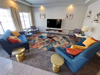 Comfortable family home at Denver International Aiport with PS4 VR & EV charger