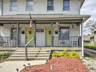 NEW! Guest-Ready Townhouse, < 2 Mi to City Circle!