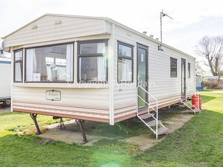 6 berth dog friendly caravan for hire at Broadland sands in Suffolk ref 20016BS