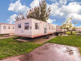8 berth caravan at Martello Beach holiday park near Clacton on sea ref 29142G