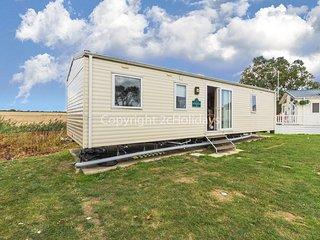 6 berth caravan for hire at Seawick Holiday Park in Essex ref 27007SA