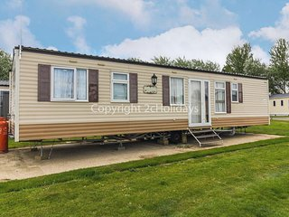 8 berth caravan for hire near Great Yarmouth at Broadland sands ref 20386BS