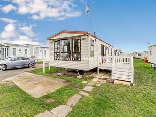 6 berth caravan with decking at St Osyth, Clacton-on-Sea in Essex ref 28007FV