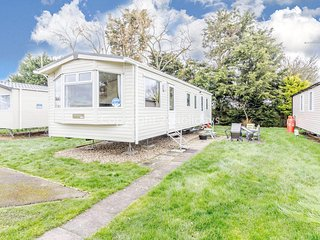 8 berth static caravan at Orchards Haven in Clacton on sea, Essex ref 15006OL