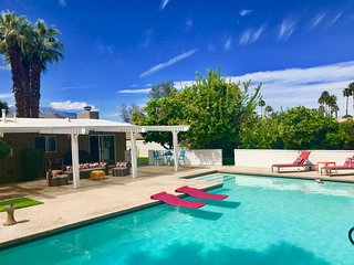 Private House with Large Pool & Separate Casita