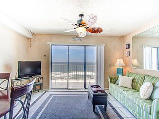 Unit 905: Spectacular Gulf Front and Beautiful Sunset Views!