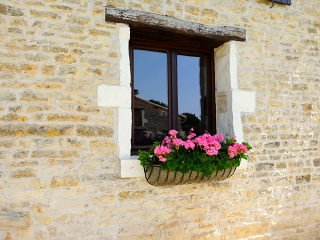 The Stables, holiday rental in La Foret de Tesse