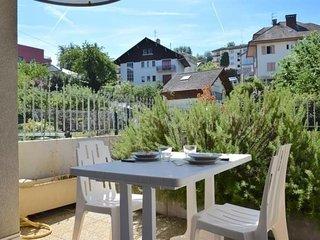 Appartement au calme avec terrasse et parking au coeur d'Evian