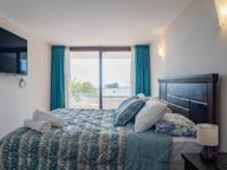 Captain's Cove-1BR with Ocean View, Parking & Wifi, vacation rental in Maitencillo