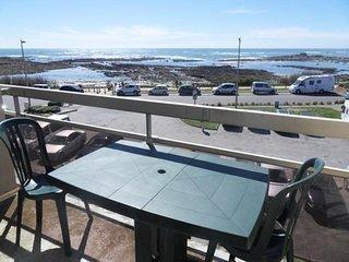 Appartement 2 pièces 4 personnes, superbe vue mer, à 50m de la plage