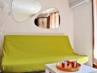 Appartement Studio coin nuit 4 couchages BORMES LES MIMOSAS