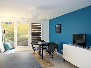 Bel Appartement neuf avec WIFI plage de Trestraou a PERROS-GUIREC