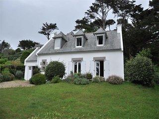 Maison à 150m de la plage de Tresmeur et de l'école de voile à TREBEURDEN