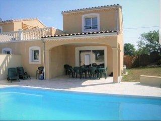 Maison climatisée avec piscine privée