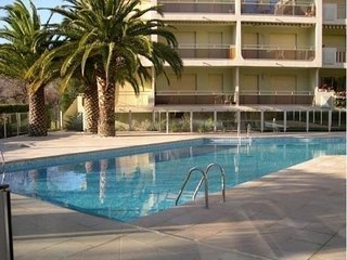 Appartement T2 - 4 personnes - Climatisation - Piscine residence - Sainte-Maxime