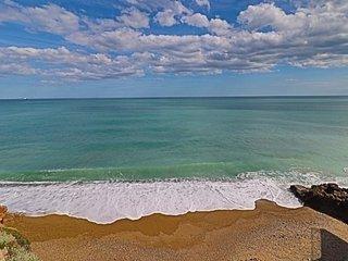 2 pieces 4 personnes face a la mer avec parking