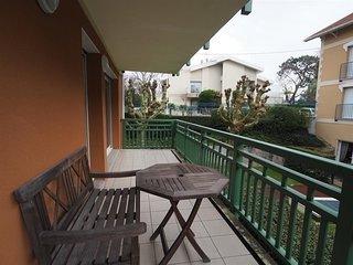 Appartement de type 3 avec terrasse parking a proximite plages pour 4 personnes