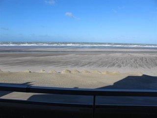 FORT MAHON PLAGE : Front de mer ... digue