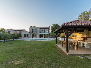 Authentic stone Villa Campo with a private pool and sauna