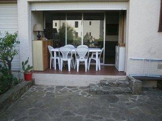 F2 terrasse, loggia et place de parking 4VSE10